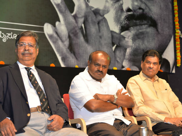 HD Kumaraswamy interaction with intellectuals
