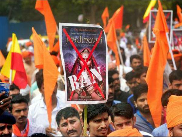 Padmavat Row Protesters In A Violent Mood