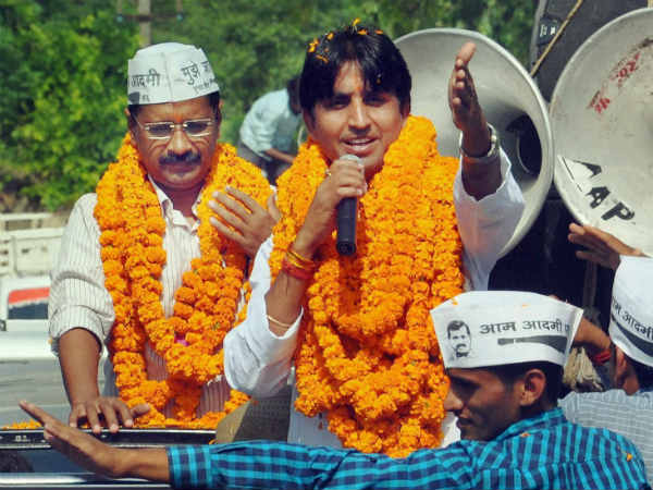 Vishwas Attacks Kejriwal Over Rs Nominations