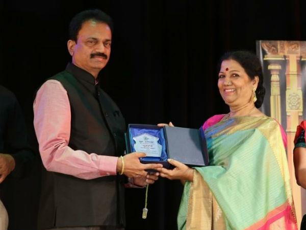 Dhwani Sriranga Award To Girija Lokesh