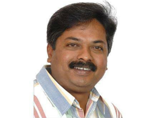 It Notice To Former Mla Abhay Patil To Pay 3 99 Crore