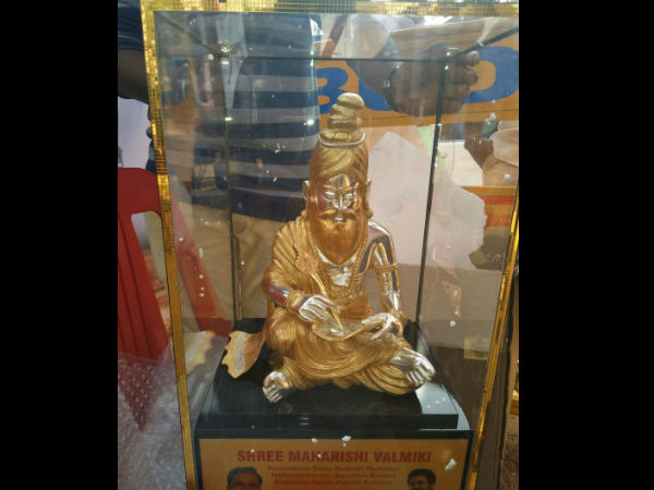 60 lakhs worth of gold coated silver Valmiki idol to Rahul Gandhi