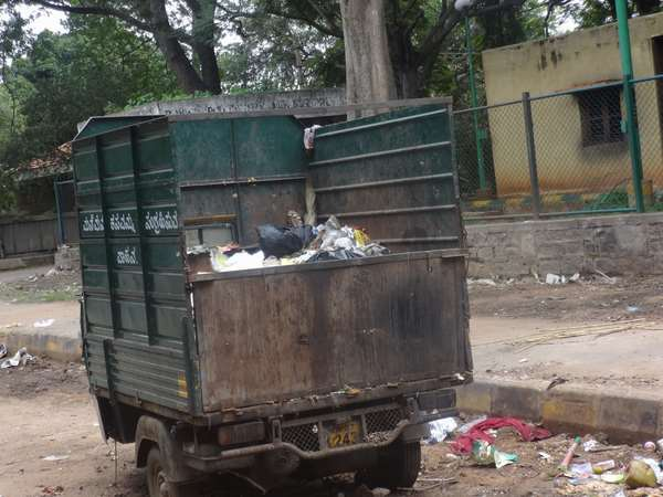 Bellandur residents protest against BBMP seeking clear Garbage