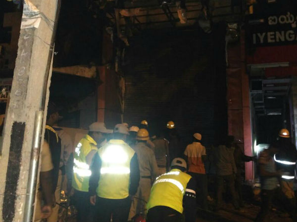 Fire accident in Hegde nagar, a multi storage building caught fire