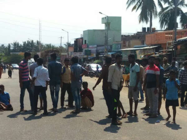 Tension prevailed at Kamalapur, Hospet