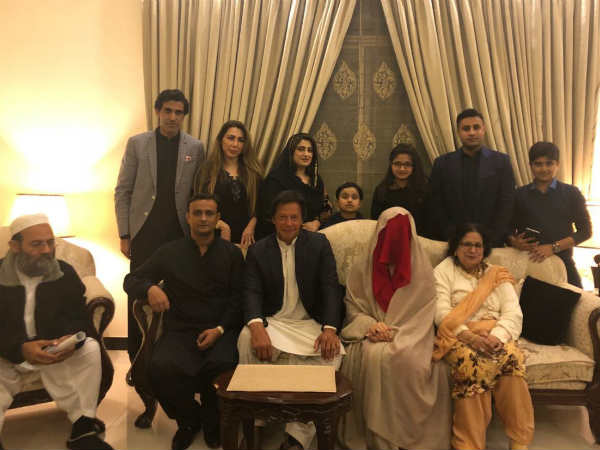 Pakistan former cricketer Imran Khan gets married 3rd time