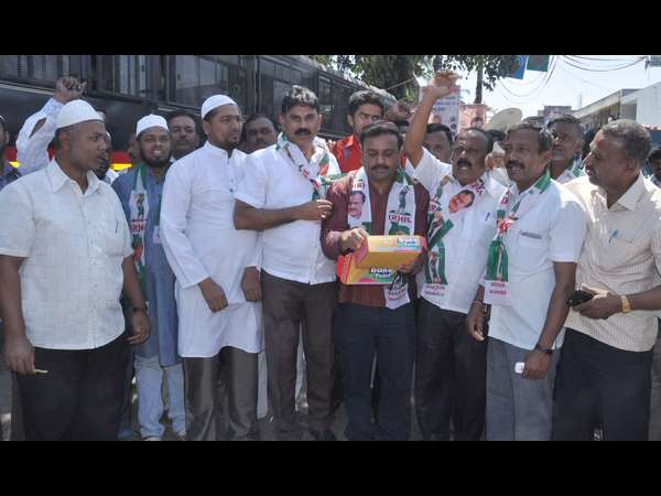 Cauvery verdict: Celebration in Mandya