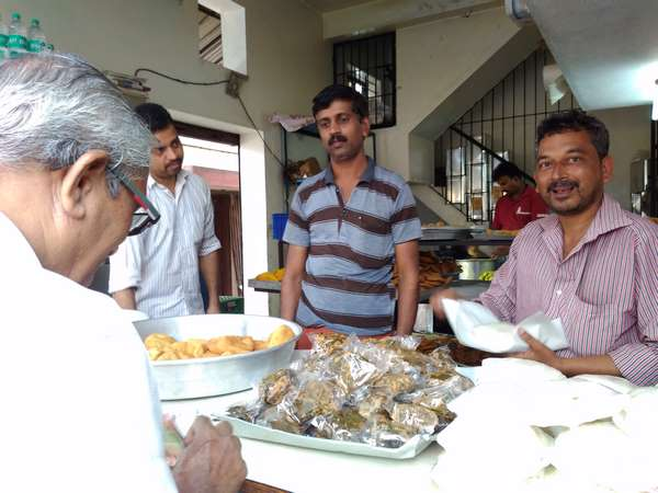 Mangaluru Pokada Shop Owner Is Not Less Than A Rich Man