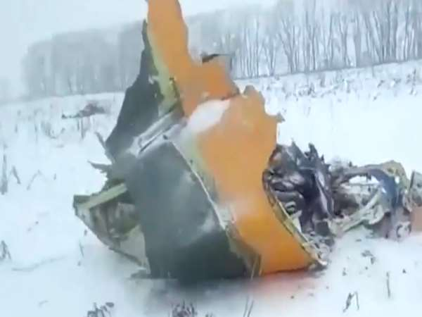 Many feared dead as Russian passenger jet crashes near Moscow