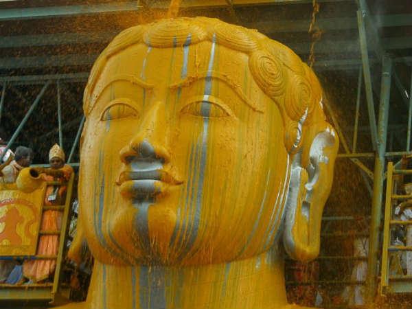 ಜೈನಕಾಶಿಯಲ್ಲಿ ಬಾಹುಬಲಿಗೆ ಮಹಾಮಸ್ತಕಾಭಿಷೇಕದ ಸಂಭ್ರಮ