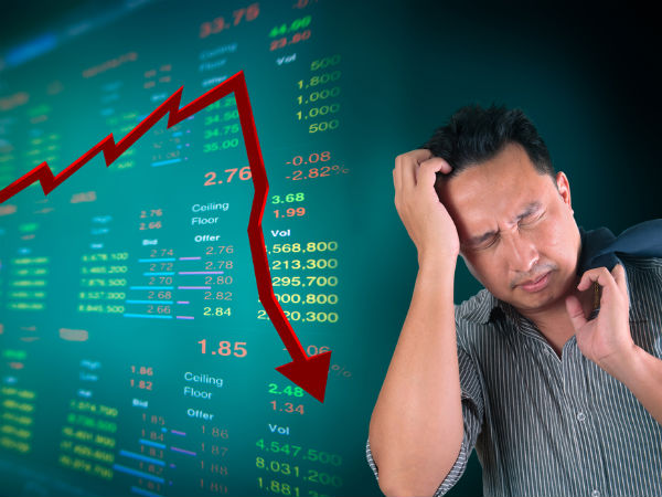 Stock market investors lose Rs 2.24 lakh crore in seconds