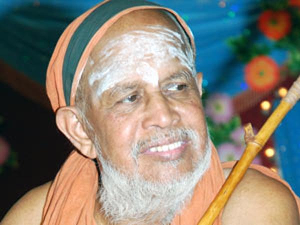 Tn Thousands Pay Homage To Kanchi Shankaracharya Jayendra Sara
