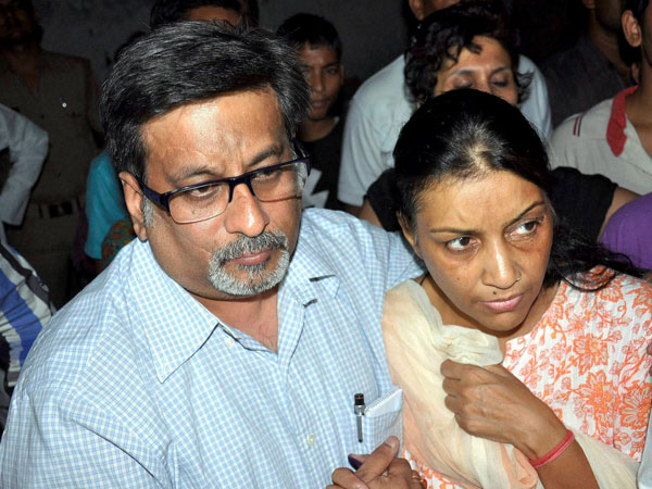 CBI moves SC challenging acquittal of Talwars couple in Aarushi murder case