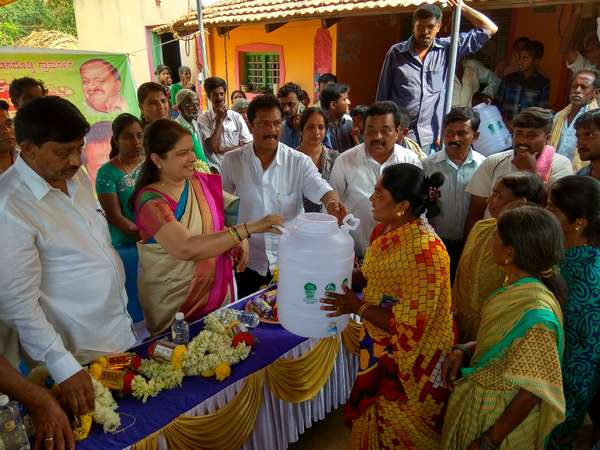 Elect HDK and develop Channapatna: Anita Kumarswamy