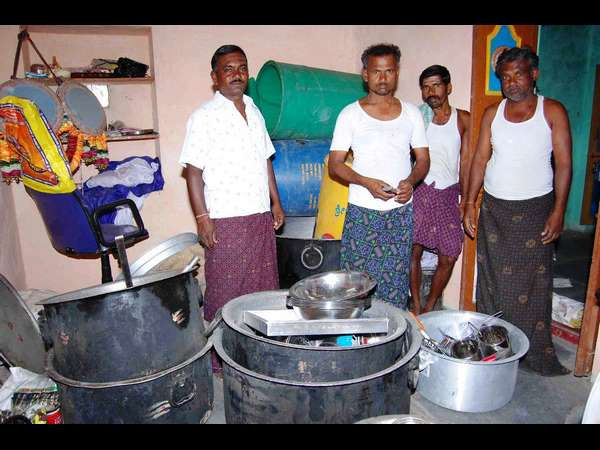 Special Village Called Chanakynooru Every Family Doing Cooking Profession