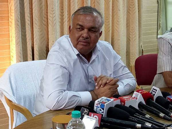 Two Terrorist Organisations Of Dk District Vhp And Pfi Will Be Eradicated Ramalinga Reddy