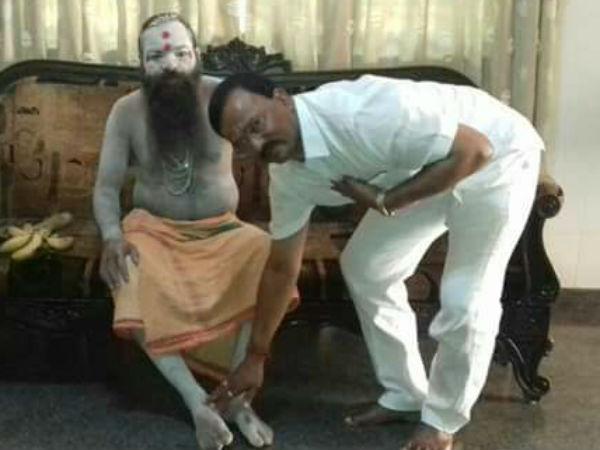 Naga Sadhus Visits Davanagere Bjp President House