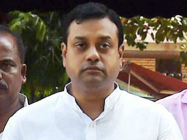 This is classic case of technological illiteracy : Sambit on Rahul