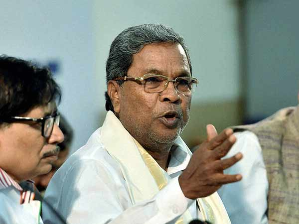 Siddaramaiah make fun of Amit Shah and Yeddyurappa
