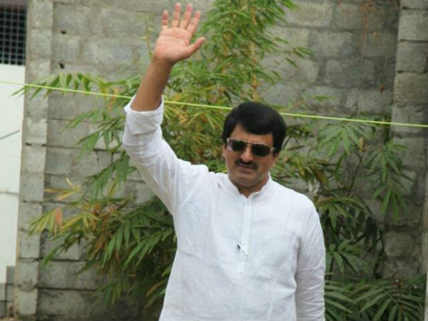 C.P. Yogeshwar will field as rebellious candidate