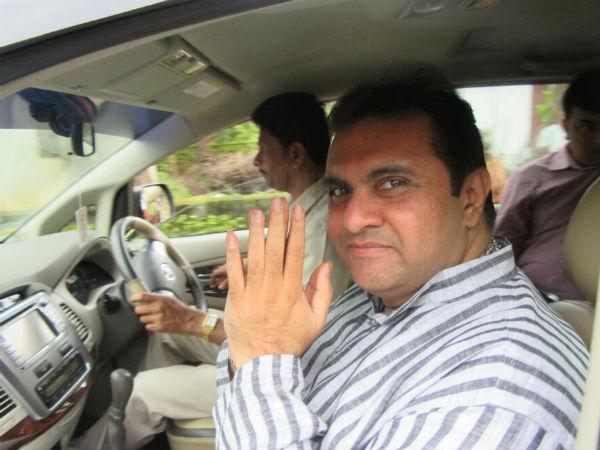 2 ಕೆಜಿ ಚಿನ್ನ, 86 ಕೋಟಿ ಆಸ್ತಿ ಘೋಷಿಸಿದ ಸಚಿವ ಪ್ರಮೋದ್ ಮಧ್ವರಾಜ್