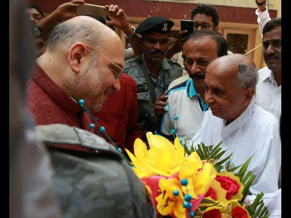 Amit Shah Meets Siddalingayya And Chidanandamurthy