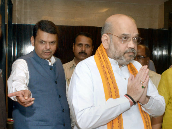 amit shah takes dig at opposition parties