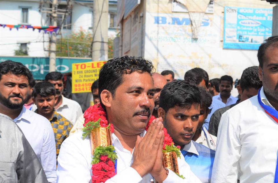 Dr Anil Kumar Meet Chaiwala Turned Politician Bommanahalli Independent Candidate