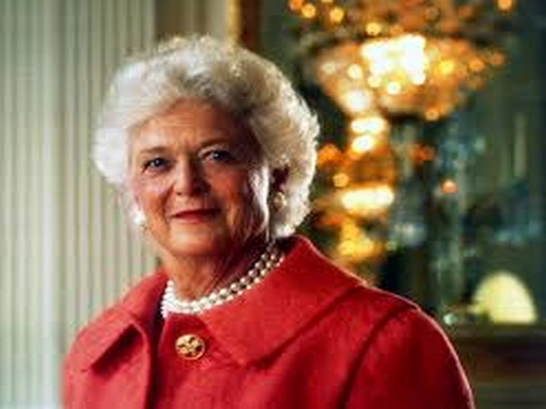 Former First Lady Barbara Bush dies