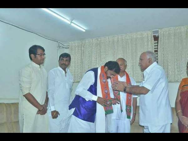 Congress leader Chalavadi Narayanaswamy joined BJP