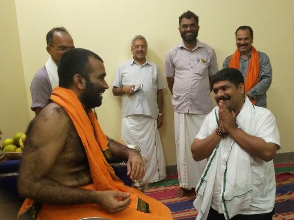 Karnataka Elections Vedavyas Kamath Begins Election Campaign