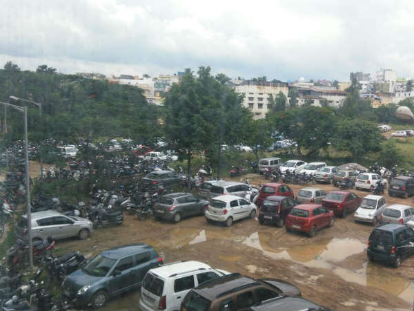 No Parking space at Kempegowda Metro Station