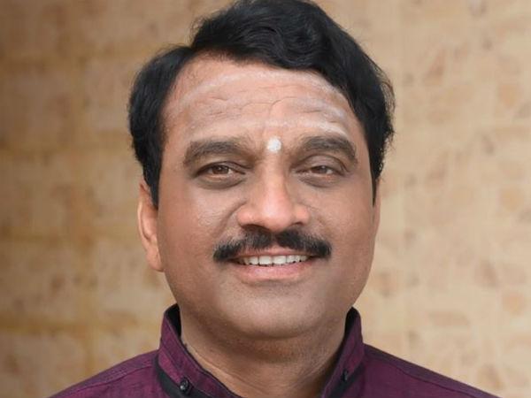 Karnataka Elections Somanna Bevinamarad Quits Mlc Post