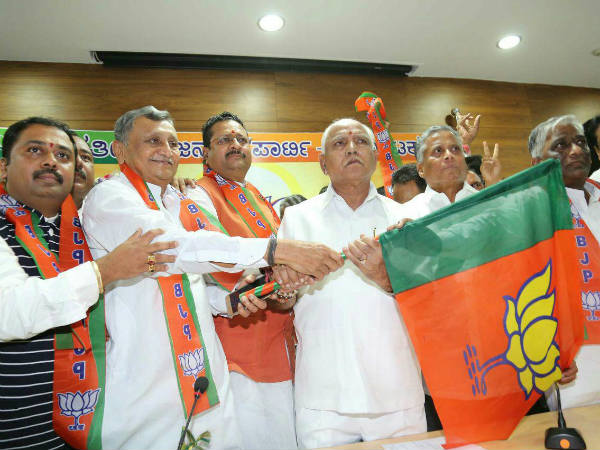 Basanagouda Patil Yatnal re joins BJP