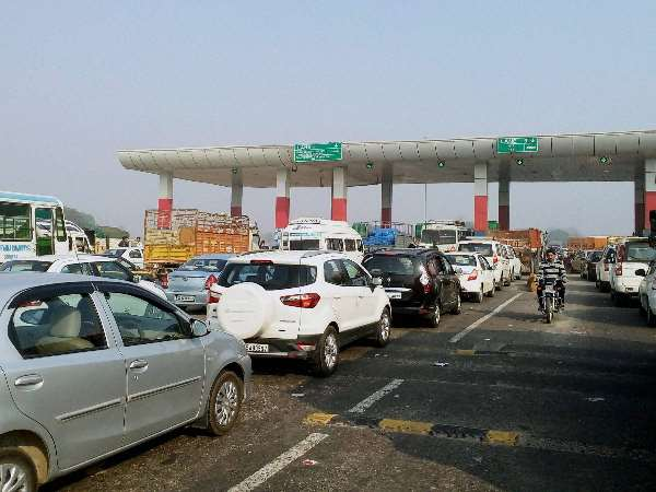HC orders to provide security to Navayuga toll