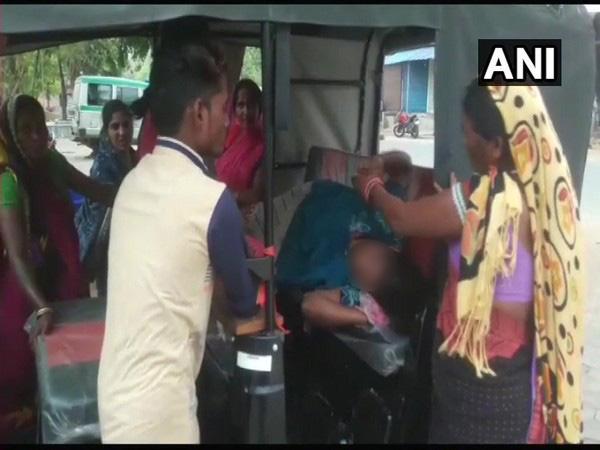 With No Doctors At Chhattisgarh Health Centre Woman Delivers In Auto