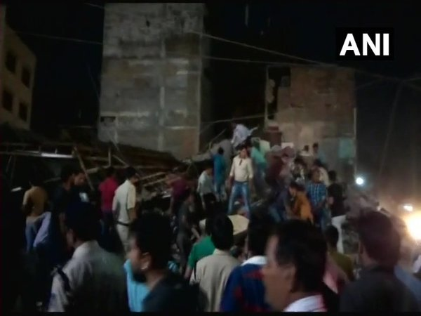 Indore building collapse: 10 dead, rescue operations on