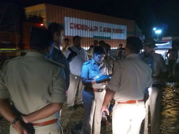 seven died in bus accident near tumkur
