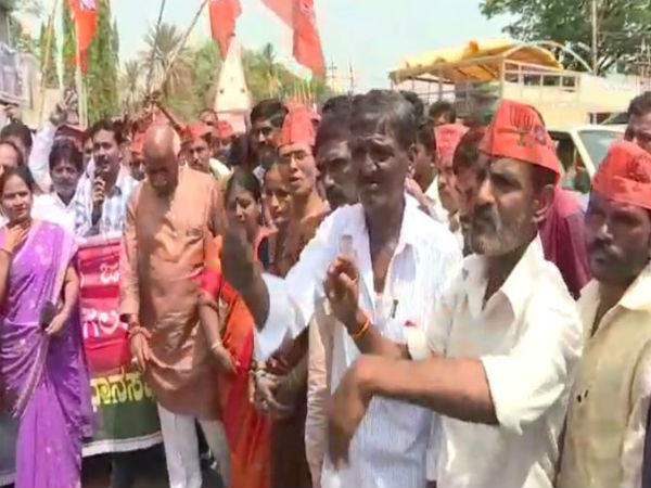 BJP activists celebrated victory in Bagalkot