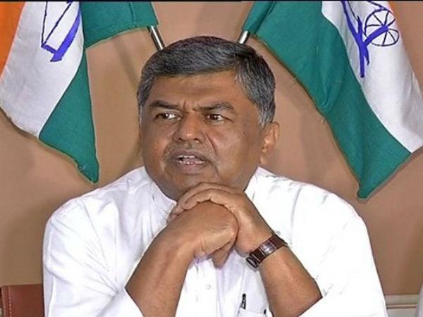 Prime Minister Narendra Modi Insulting To Kannadigas