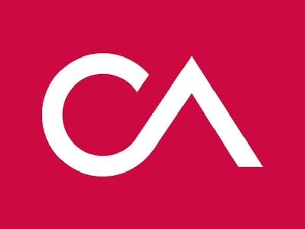 Facebook Data Controversy Cambridge Analytica Shutting Down