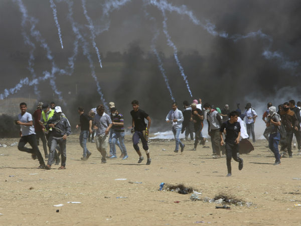 Palestinian Protesters Killed In Gaza Border By Israel