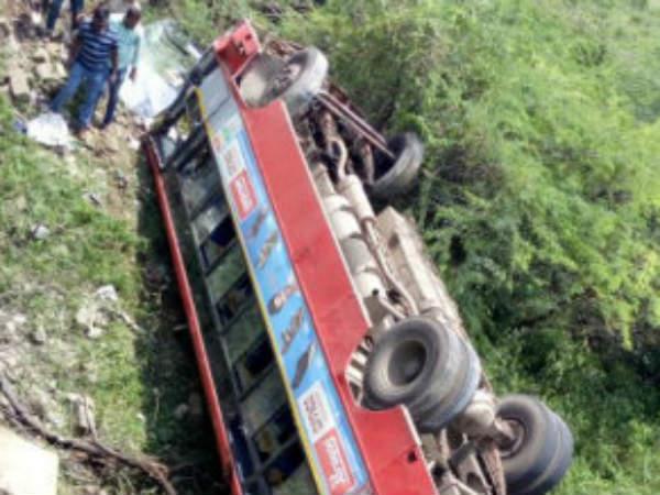 20 Injured After Ksrtc Bus Overturns In Kadur