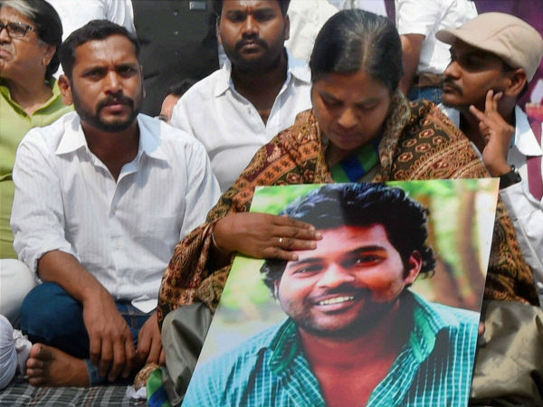 I know the pain of losing a son: Radhika Vemula
