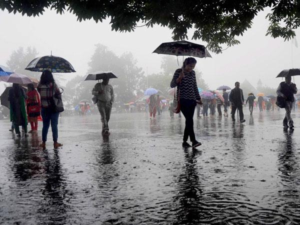 ಹೆಚ್ಚುತ್ತಿದೆ ಮುಂಗಾರು ಪೂರ್ವ ಮಳೆ ಅಬ್ಬರ: ಮೇ 25ರವರೆಗೂ ಸಾಧ್ಯತೆ