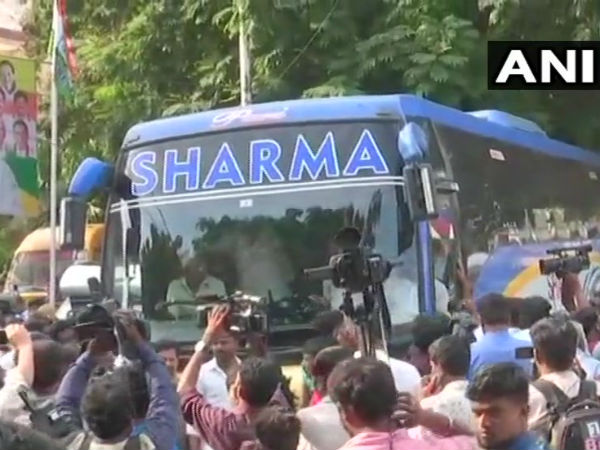 Congress and JDS MLAs to parade in Raj Bhavan