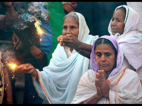 ಜೂನ್ 23 ವಿಶ್ವ ವಿಧವೆಯರ ದಿನ, ಬನ್ನಿ ಅವರಿಗೆ ಧೈರ್ಯ ತುಂಬೋಣ