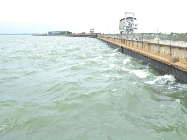 Inflow into KRS rises, dam touched 100 feet mark