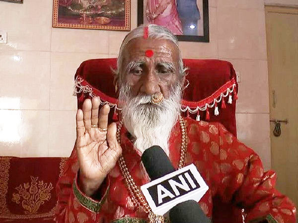 Here is a yogi, spent more that 70 years without food and water!
