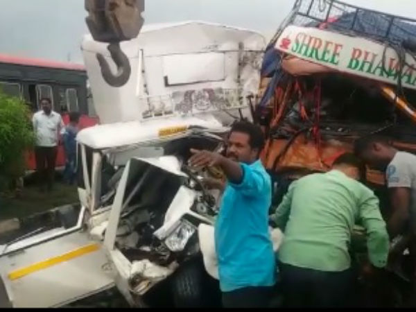 Five people dead in an accident near Nippani